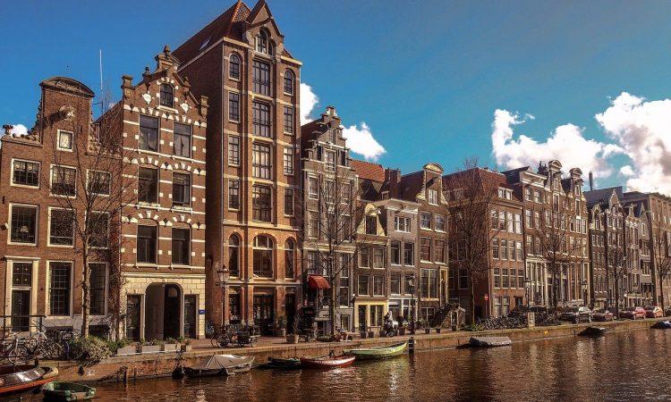 eerste keer Amsterdam